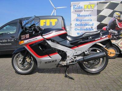 Kawasaki ZX10 classic superbike