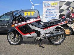 Kawasaki-ZX10-classic-superbike